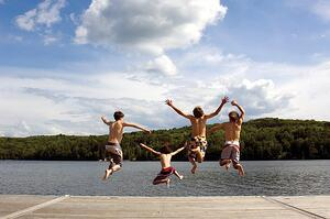 kidsjumping