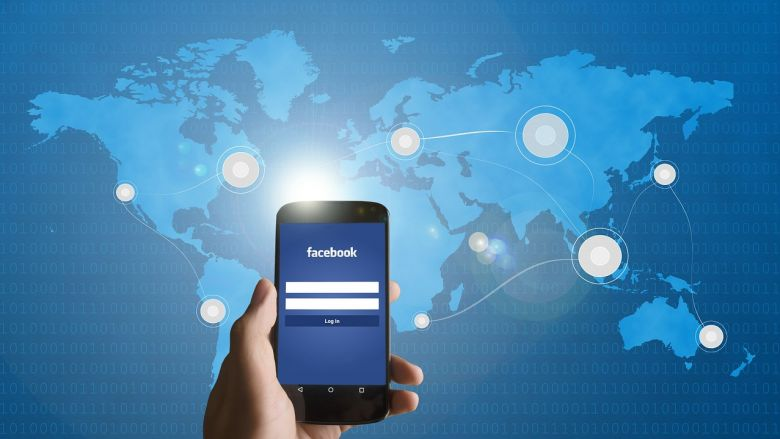 Facebook_plush-media-1.jpg